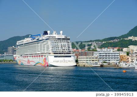 長崎港 豪華客船 39945913