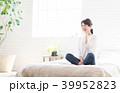 スマートフォン 電話 女性の写真 39952823
