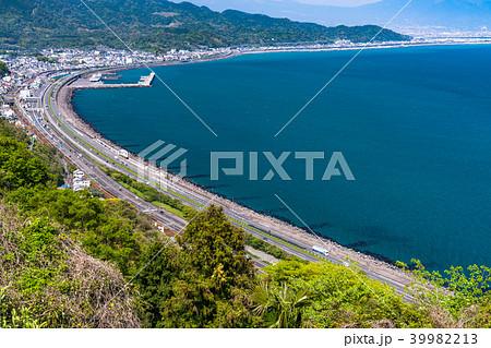 《静岡県》海沿いの東名高速と国道 39982213