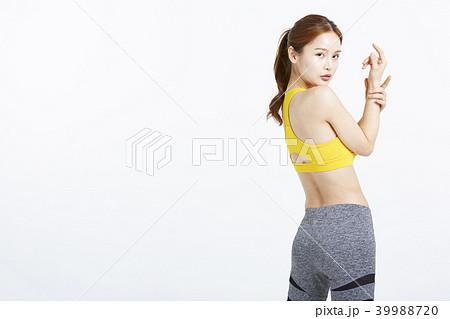 女性 スポーツウェア 39988720