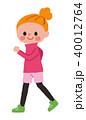 女性 ウォーキング 歩くのイラスト 40012764