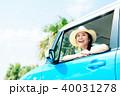 若い女性 自動車 40031278