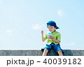 夏の子供 かき氷 40039182