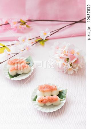 桜餡の団子 40087639