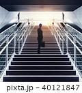 登る 階段 エスカレーターの写真 40121847