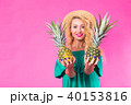 パイナップル 女 女の人の写真 40153816
