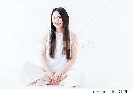 若い女性 40233599