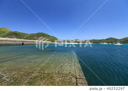 五島列島 有福島の港の写真素材 ...