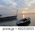 バラナシ 船 朝の写真 40253055