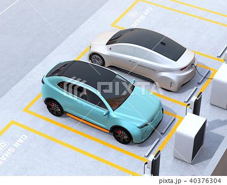 カーシェアリング専用駐車場に充電している電気自動車のイメージ 40376304