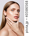 Beauty portrait of model with natural make-up 40386568