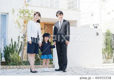 若い家族、女の子、親子、卒園、入園 40455558