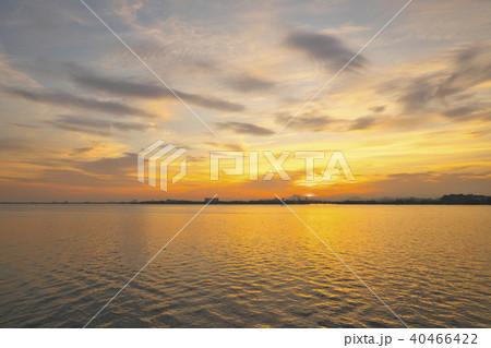 琵琶湖の払暁の写真素材 [404664...