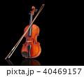 ヴァイオリンと弓/クリッピングパス付き 40469157