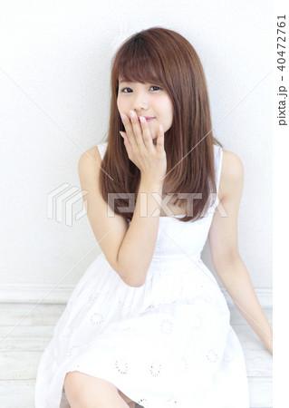 若い女性 ヘアスタイル 40472761