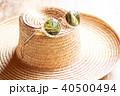 麦わら帽子とサングラス 40500494