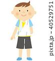 骨折 男の子 子供のイラスト 40529751