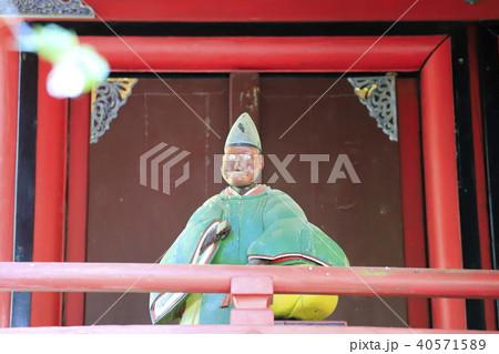 花園神社の本殿にある神猿の像 北茨城市 40571589