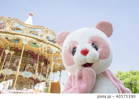 遊園地 着ぐるみ パンダ かわいい 40575390