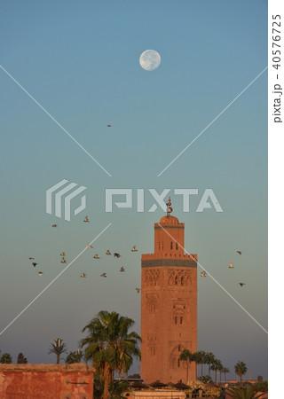 モロッコ マラケシュ 夜明けのクトゥビア 40576725