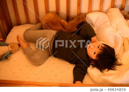 二歳児の日常/ベビーベッド 40634859