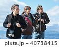 外国人 3人 ハイキングの写真 40738415