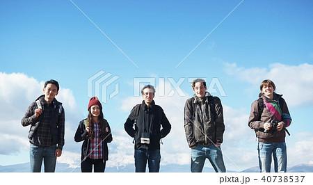 富士山 外国人 ポートレート 40738537