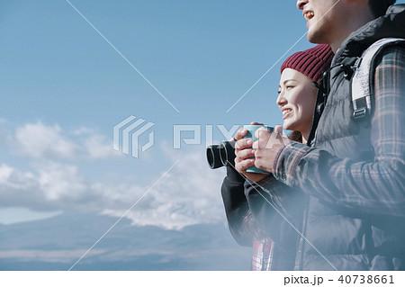 富士山 眺望 トレッキング カップル 40738661