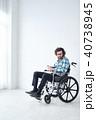 車椅子の男性 ティータイム 40738945