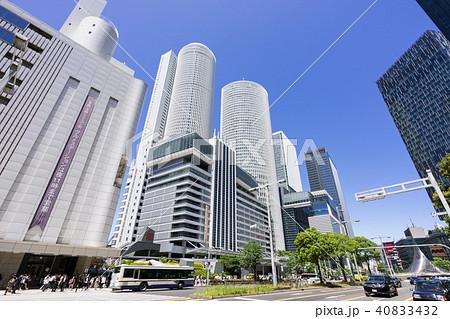 名古屋駅前の賑わい JRセントラルタワーズと大名古屋ビルヂング 40833432