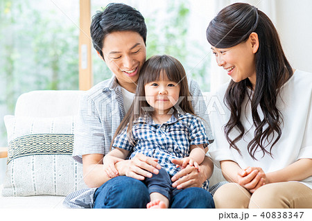 若い家族 40838347