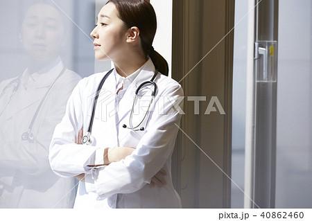 医者 ポートレート 40862460