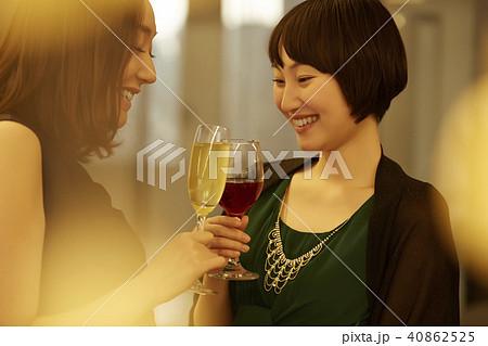 女性 パーティー 40862525