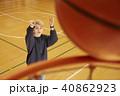バスケットボール 男性 シュート 40862923