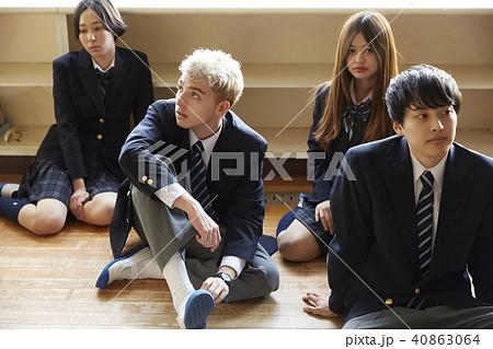 高校生 教室 インターナショナル 40863064