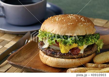 ハンバーガー 40910903
