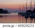 三浦市諸磯湾から夕焼け富士山 40928223