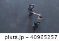 ビジネスマン 男性 握手の写真 40965257