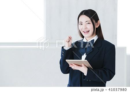 高校生 女性 女の子 勉強 受験 教育 学習 41037980