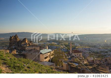 トルコ カッパドキア ウチヒサール 要塞からの朝の風景 41063425
