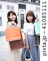 ショッピング 女性 買い物の写真 41085111