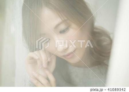 女性 別れ イメージ 41089342