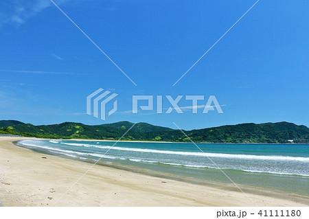 宮崎県 爽やかな青空と青い海 41111180