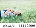 読書 本 女性の写真 41112909