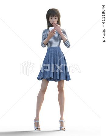 スマホを見て驚くロングヘアの若い女性  perming3DCGイラスト素材 41119044