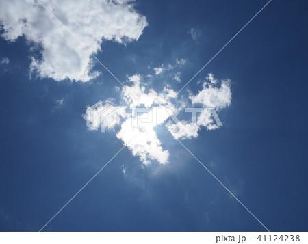 雲に隠れた太陽 41124238