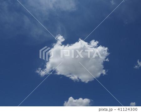 青空と白い雲 41124300
