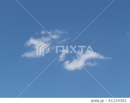 青空と白い雲 41124301