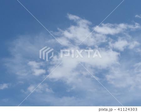 青空と白い雲 41124303