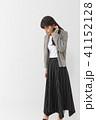 ファッション 若い 女性の写真 41152128